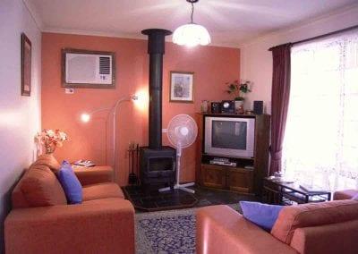 Jacaranda-Cottage-Lounge-web